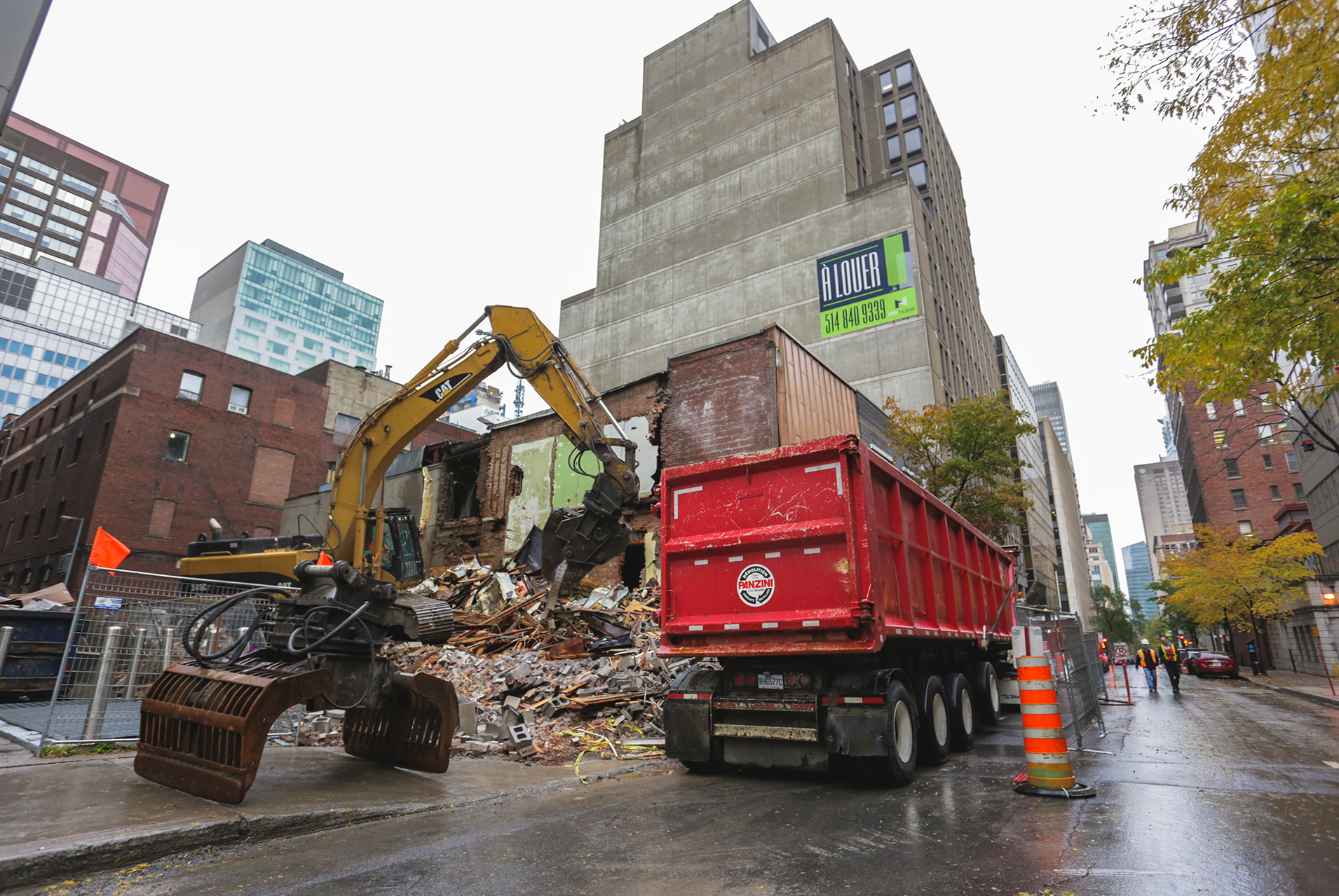Demolition, recycling and liquidation of construction material 4 - Panzini Demolition - Montreal, Québec